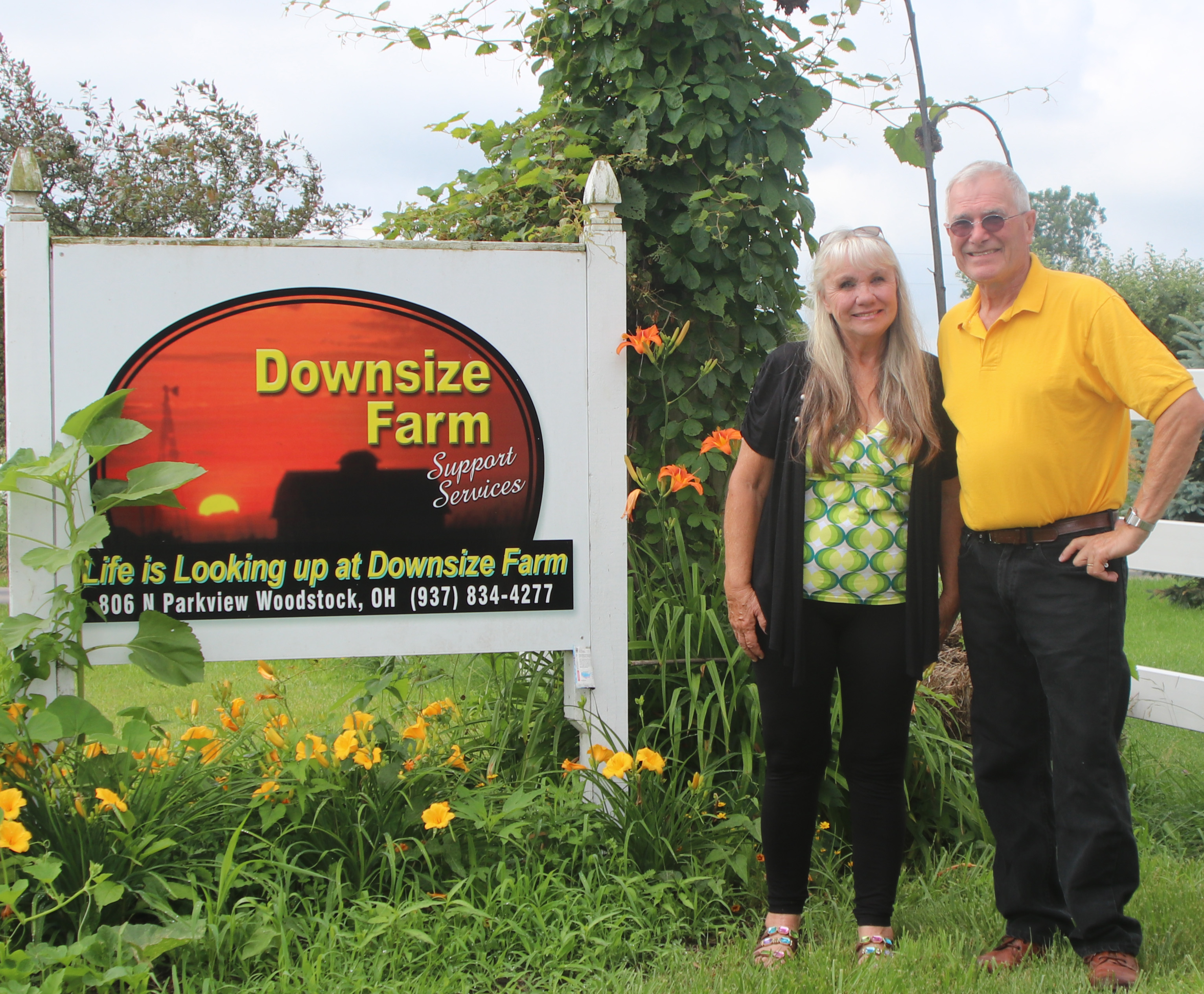 Bob & Midge Custer, Downsize Farm